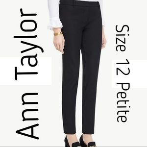ANN TAYLOR Black Crop Pant